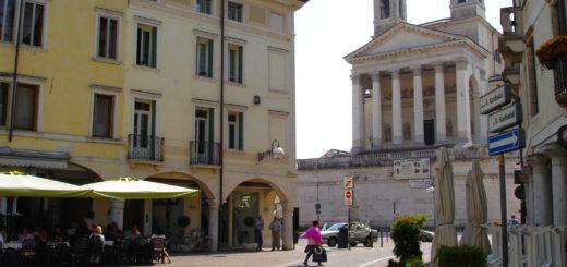 Schio,_Piazza_Garibaldi[1]